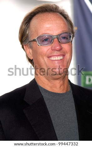 25MAR2000:  Actor PETER FONDA at the 15th Annual IFP/West Independent Spirit Awards in Santa Monica, CA.  Paul Smith / Featureflash
