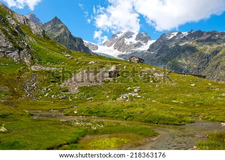 Mountain Hut a tpopular European Mont Blanc tour - stock photo