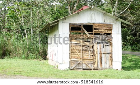 Old shack located near the grounds of the Panama Canal