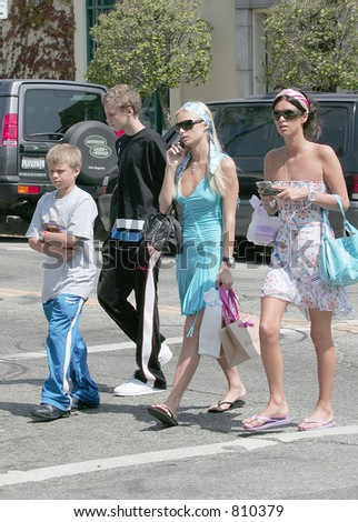 Paris Hilton struttedherself around robinson with sister Nicky hilton, Los Angeles, Ca, 06/24/04 - stock photo