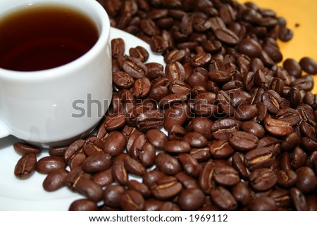 100% Pure Kona Coffee. Greenwell Farms Premium Roast http://www.greenwellfarms.com - stock photo