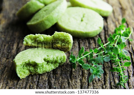 Shortbread biscuits with the tea green tea match and thyme.