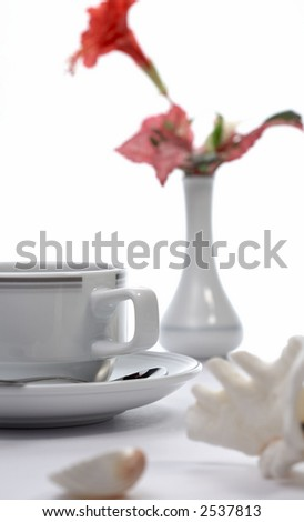 table served for classic breakfast