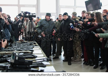 13-11-15 The Secretary of the National Security Unit of Ukraine Oleksandr Turchinov is checking the new weapons presented in Novi Petrivtsi, Ukraine