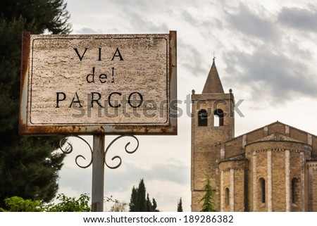 """via del parco"" on a sign in an Italian village - stock photo"