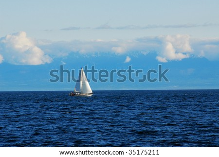 A carefree sailing yacht in the strait, victoria, british columbia, canada