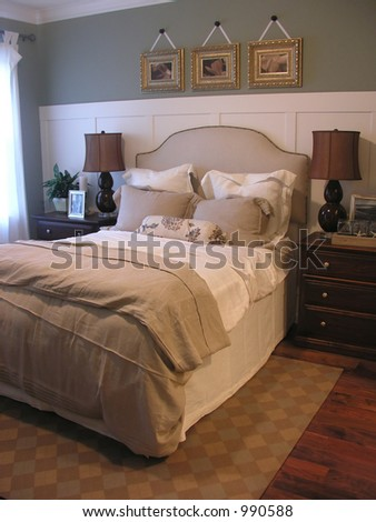 A photo of a classy bedroom