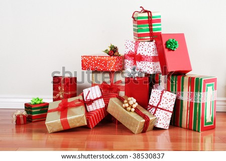 Christmas Presents Pile Stock Images, Royalty-Free Images ...