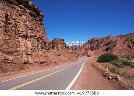 A road through the North Argentina