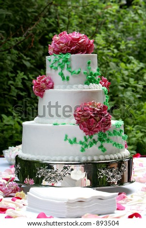 a three tiered wedding cake