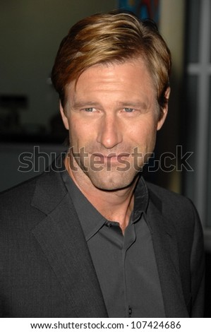 Aaron Eckhart at the Los Angeles Premiere of 'Towelhead'. Arclight Hollywood, Hollywood, CA. 09-03-08