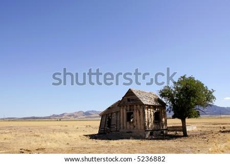 Abandoned house in Utah desert - stock photo
