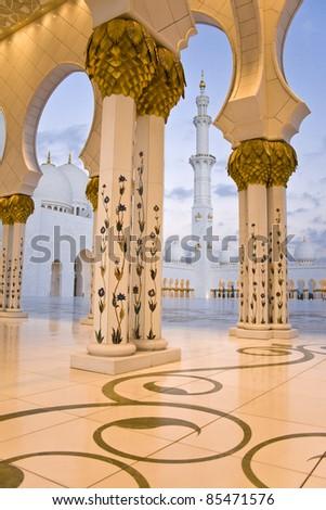 Abu Dhabi Sheikh Zayed Grand Mosque, walkway - stock photo
