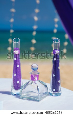 Accessory kit for a wedding on the shore of the caribbean sea