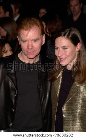 Actor DAVID CARUSO & wife MARGARET at the Los Angeles premiere of his new movie Proof of Life. 04DEC2000.  Paul Smith / Featureflash