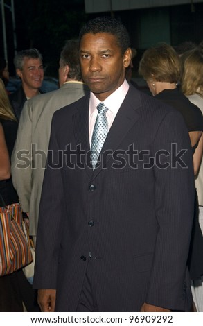 Actor DENZEL WASHINGTON at the Los Angeles premiere of his new movie The Manchurian Candidate. July 22, 2004