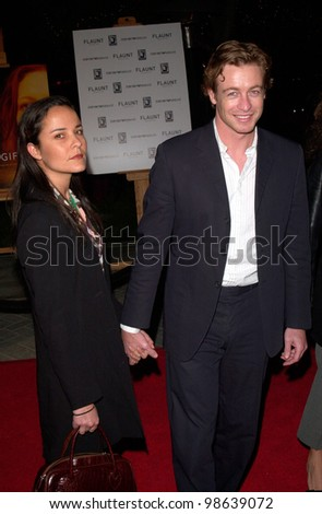 Actor SIMON BAKER & wife REBECCA at the Los Angeles premiere of The Gift. 18DEC2000.   Paul Smith / Featureflash