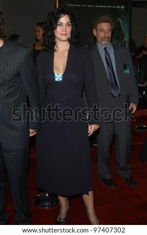 Actress CARRIE-ANNE MOSS & husband at the world premiere, in Los Angeles, of her new movie The Matrix Revolutions. October 27, 2003  Paul Smith / Featureflash