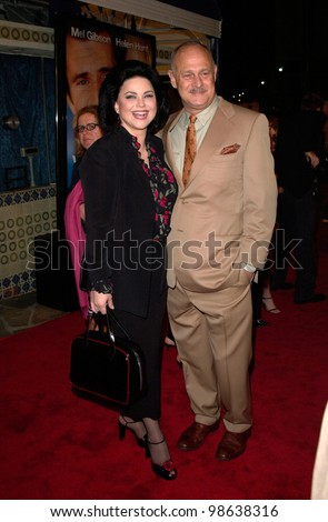Actress DELTA BURKE & actor husband GERALD McRANEY at the world premiere, in Los Angeles, of her new movie What Women Want. 13DEC2000.   Paul Smith / Featureflash