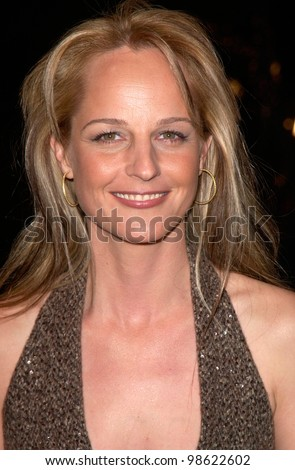 Actress HELEN HUNT at the world premiere, in Los Angeles, of her new movie What Women Want. 13DEC2000.   Paul Smith / Featureflash