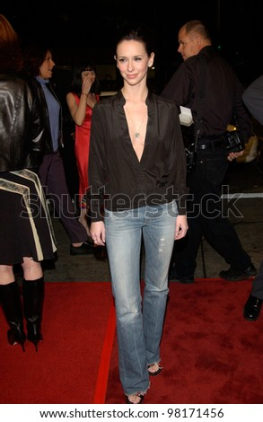 Actress JENNIFER LOVE HEWITT at the world premiere, in Los Angeles, of Hart's War. 12FEB2002.  Paul Smith/Featureflash