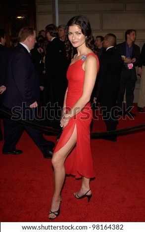 Actress JILL HENNESSY at the 28th Annual People's Choice Awards in Pasadena. 13JAN2002.  Paul Smith/Featureflash
