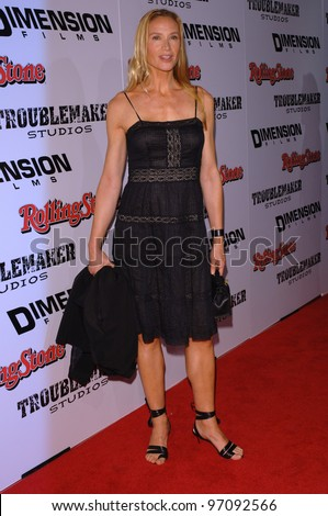 Actress KELLY LYNCH at the Los Angeles premiere of Sin City. March 28, 2005 Los Angeles, CA.  2005 Paul Smith / Featureflash