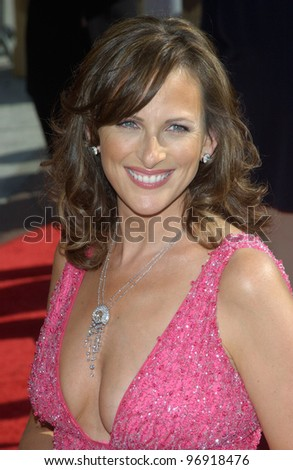 Actress MARLEE MATLIN at the 2004 Primetime Creative Arts Emmy Awards at the Shrine Auditorium, Los Angeles. September 12, 2004