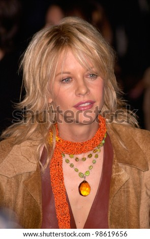 Actress MEG RYAN at the Los Angeles premiere of her new movie Proof of Life. 04DEC2000.  Paul Smith / Featureflash