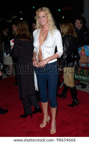 Actress/model KYLIE BAX at the Los Angeles premiere of Say It Isn't So. 12MAR2001.    Paul Smith/Featureflash