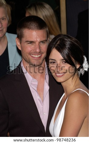 Actress PENELOPE CRUZ & actor boyfriend TOM CRUISE at the the Los Angeles premiere of her new movie Captain Corelli's Mandolin. 13AUG2001.   Paul Smith/Featureflash - stock photo
