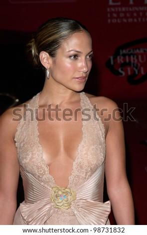 Actress/pop star JENNIFER LOPEZ at the Jaguar Tribute to Style Gala at Santa Monica Airport. 18MAR2001.    Paul Smith/Featureflash - stock photo