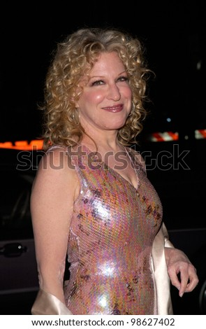 Actress/singer BETTE MIDLER at the 27th Annual People's Choice Awards in Pasadena, California. 07JAN01.   Paul Smith/Featureflash - stock photo