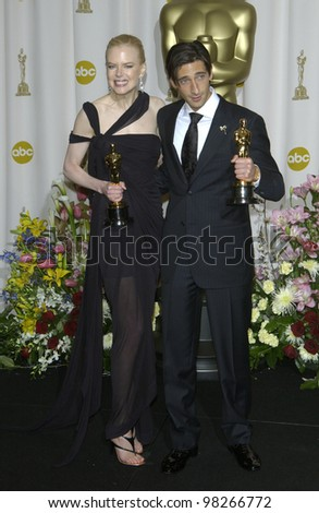 ADRIEN BRODY & NICOLE KIDMAN at the 75th Academy Awards at the Kodak Theatre, Hollywood, California. March 23, 2003