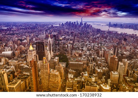 Aereal view of Manhattan at sunset.