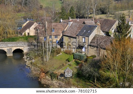 """Aerial view of the village of Saint-Ceneri-le-Gerei (""""France's Most Beautiful Villages"""") with the Sarthe river and the old bridge, department of the Orne, region Basse Normandie, in France - stock photo"""