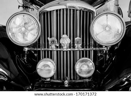 Ahmedabad - DECEMBER 1:  1934 Bentley Vintage Car on display in a museum on December 1, 2012 in Ahmedabad, India - stock photo