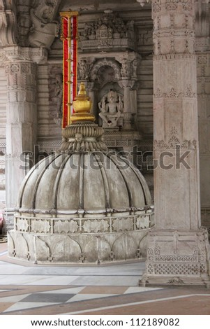 AHMEDABAD, GUJARAT, INDIA - AUGUST 21 : Hutheesing Jain Temple on August 21, 2012 in Ahmedabad. Dome of the temple of deity in the basement of ' Rangmandapa ' hall. - stock photo