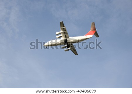 aircraft approaching on the air