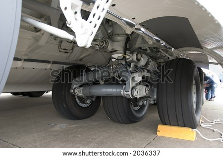 airplane undercarriage, or landing gear