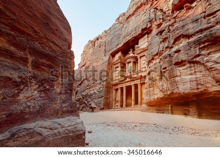 Al Khazneh - the main sign of ancient site of Petra. Jordan.