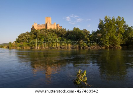 Almourol medieval castle, built in an island in the middle of tagus river.