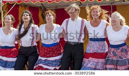 ALNWICK, NORTHUMBERLAND.UK. AUGUST 01.2015. Apple Chill Cloggers, USA, perfform for public. Alnwick International Music Festival. August 01.2015. Alnwick, Northumberland, England. UK.