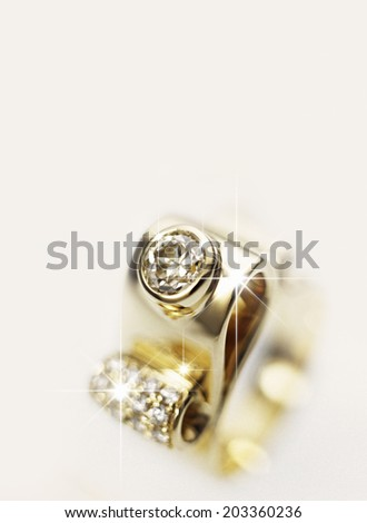 An Image of Diamond Ringe