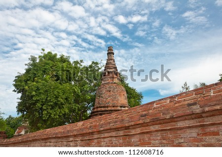 Ancient pagoda in ruined old temple at Ma Hay Yong temple in Ayutthaya, Thailand.