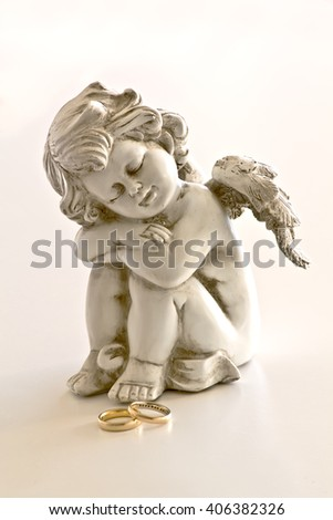 Angel sculpture