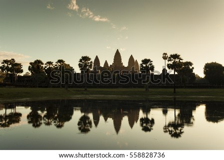 Angkor Wat sunrise at the reflecting pond at golden hour