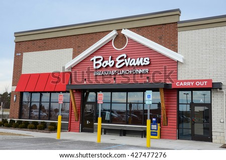 ANN ARBOR, MI - JANUARY 30:  Bob Evans, whose south Ann Arbor location is shown on January 30, 2016, has over 500 locations in 18 states.  - stock photo