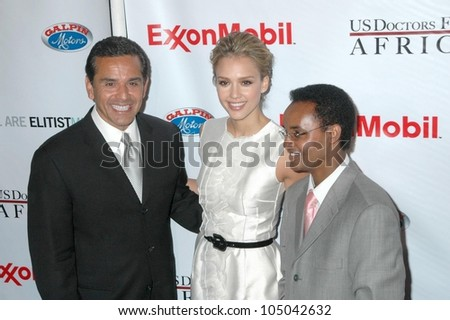 Antonio Villaraigosa with Jessica Alba and Ted Alemayhu at the The First Ladies of Africa Health Summit. Beverly Hilton, Beverly Hills, CA. 04-21-09 - stock photo