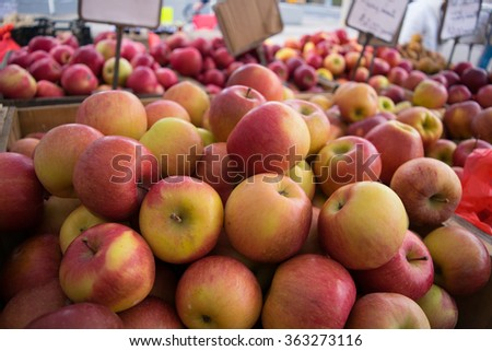 Apples at the Farmers' Market